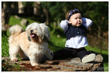 Lara (Lhasa Apso) e a Luize. Pet foto família, Florianópolis