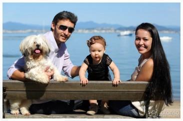 Tiago, Luize, Sheilla e Lara (Lhasa Apso). Pet foto família, Florianópolis
