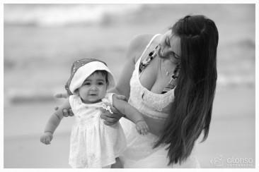 Lara e Sarah. Book bebê