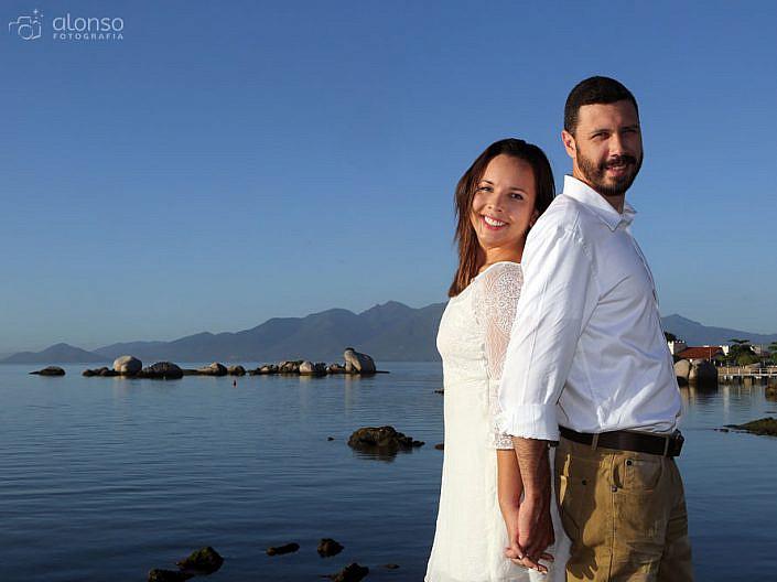 Ensaio pré-casamento na praia