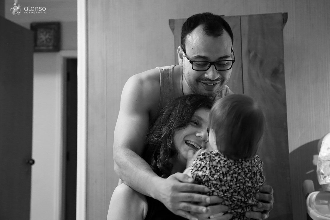 Fotografia documental de familia, pai, mae e filha